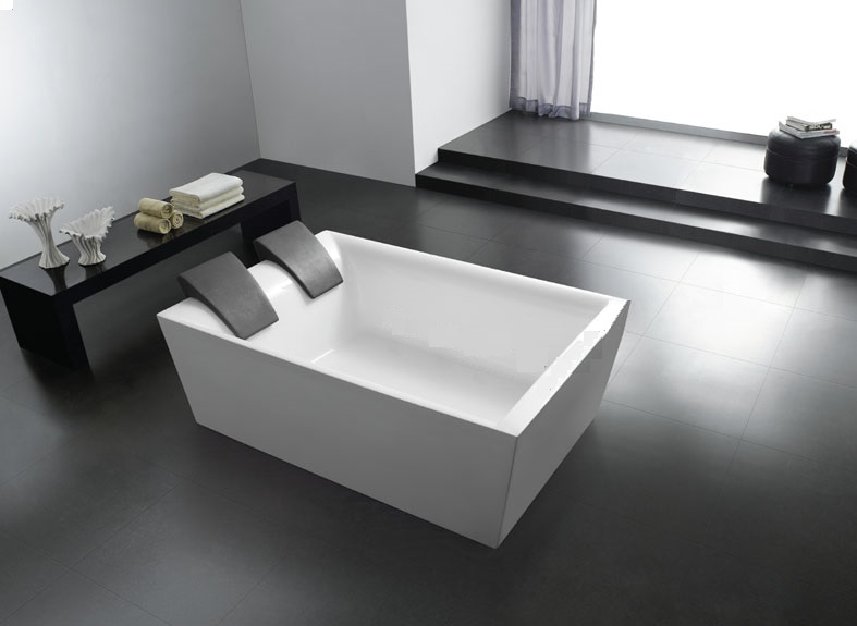 Free standing bath granada bath eurotrend for Eurotrend bathrooms